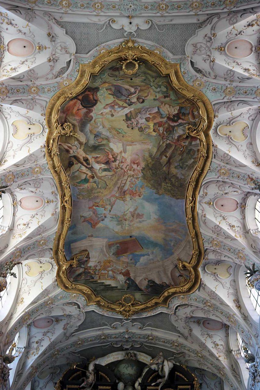 Barock.  Benediktinerkloster St. Emmeram. Von 1731-1733 erfolgte die Neuausgestaltung durch die Brüder Cosmas Damian und Egid Quirin Asam im Stil des Barocks.