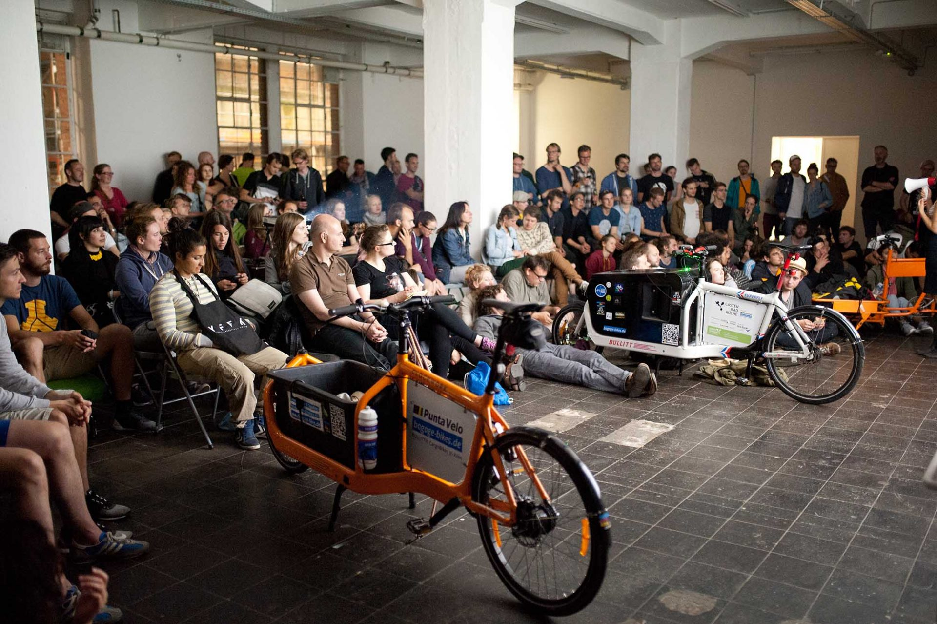 KunstWerk Köln e. V..  Shorts on Wheels Kurzfilmfestival 2016