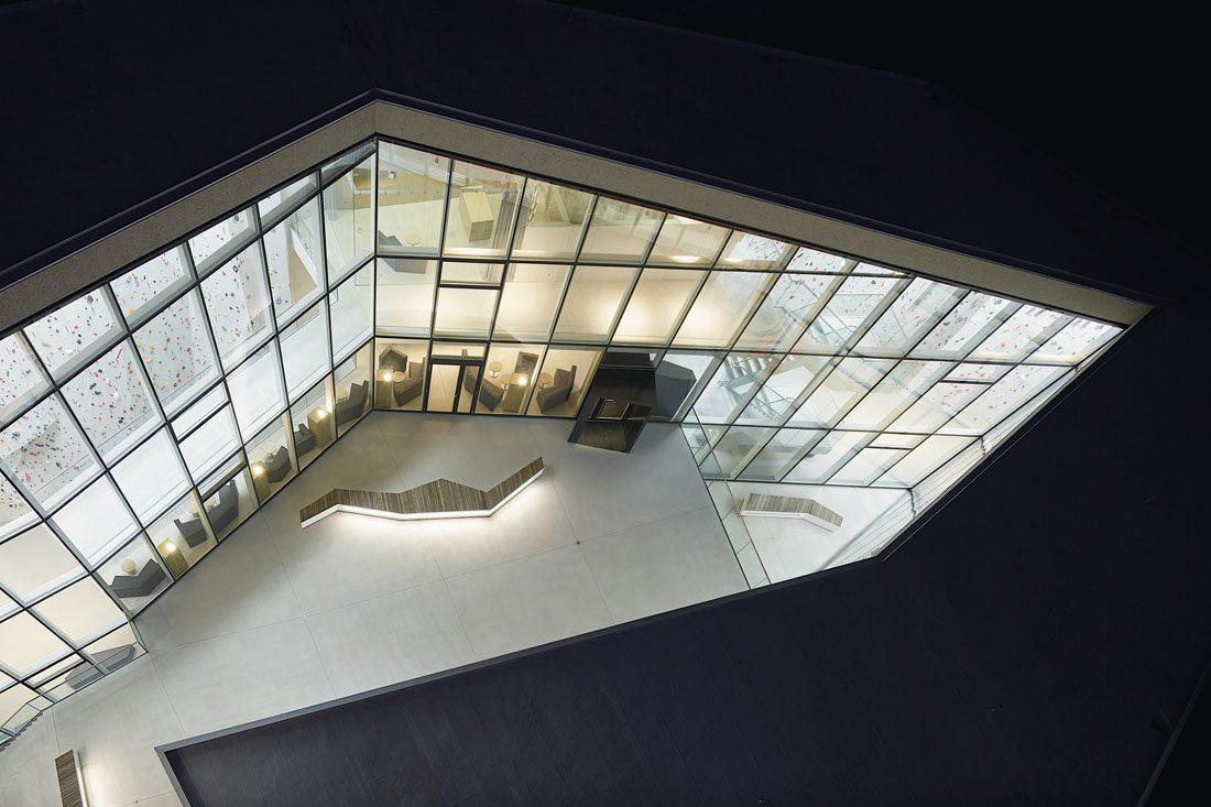 Kletterzentrum Bruneck. Das Projekt ist als 1. Preis aus einem offenen und EU-weiten Planungswettbewerb hervorgegangen.