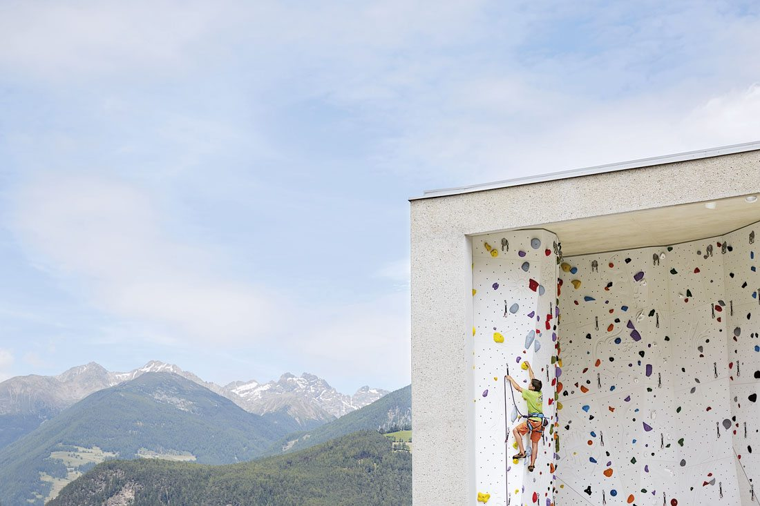 Kletterzentrum Bruneck.  Der Klettersport wird in den Schulsport integriert und ...