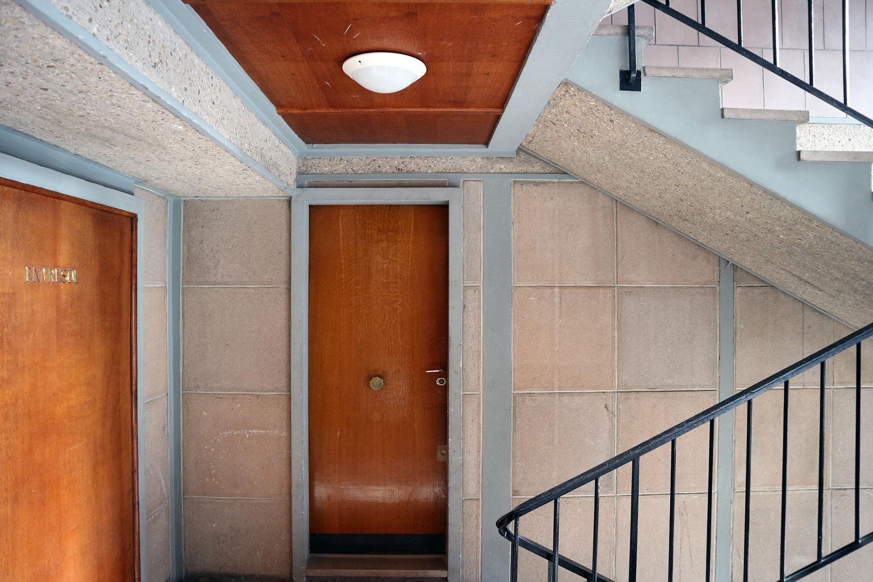 Die Wohnungen. Auch im Innenraum wurde der Beton kunstvoll verarbeitet.