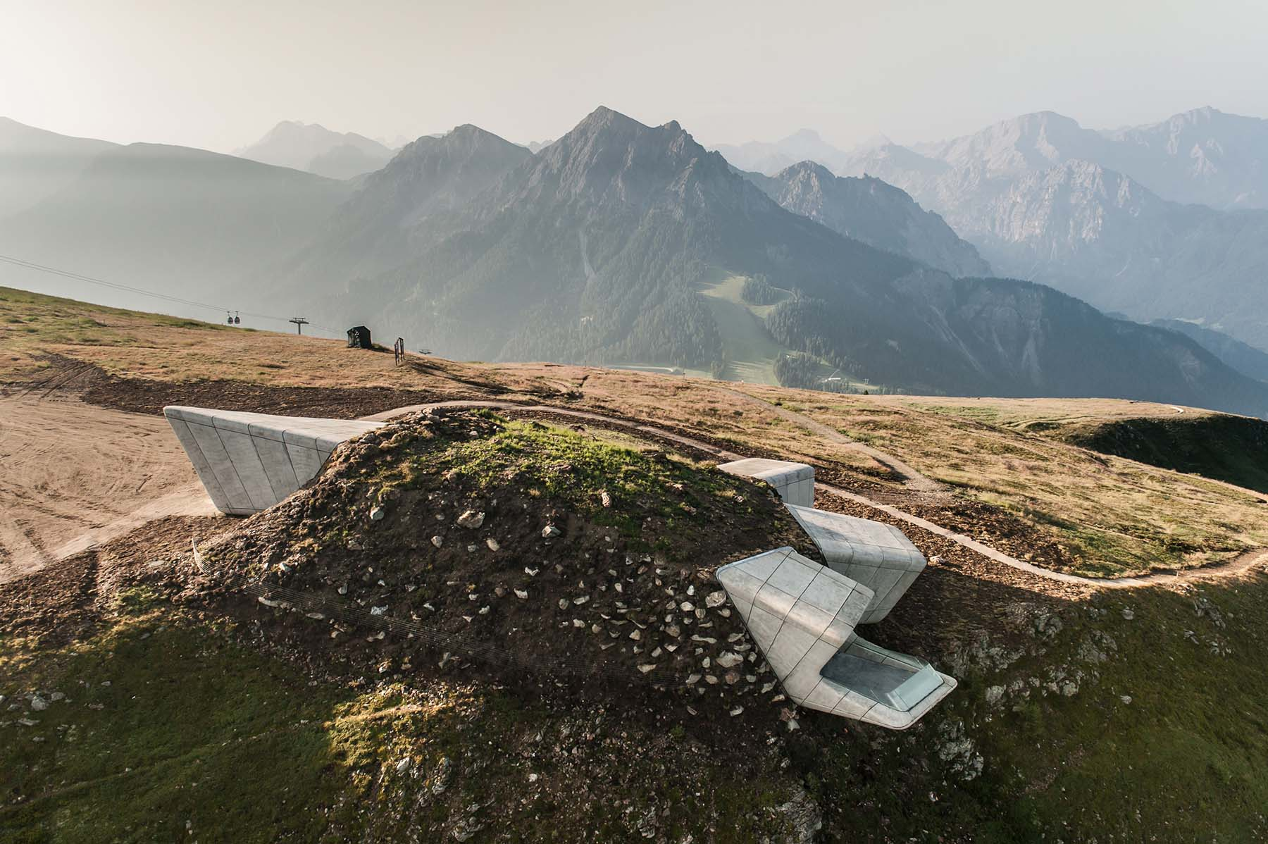 Messner Mountain Museum am Kronplatz. von Zaha Hadid Architects