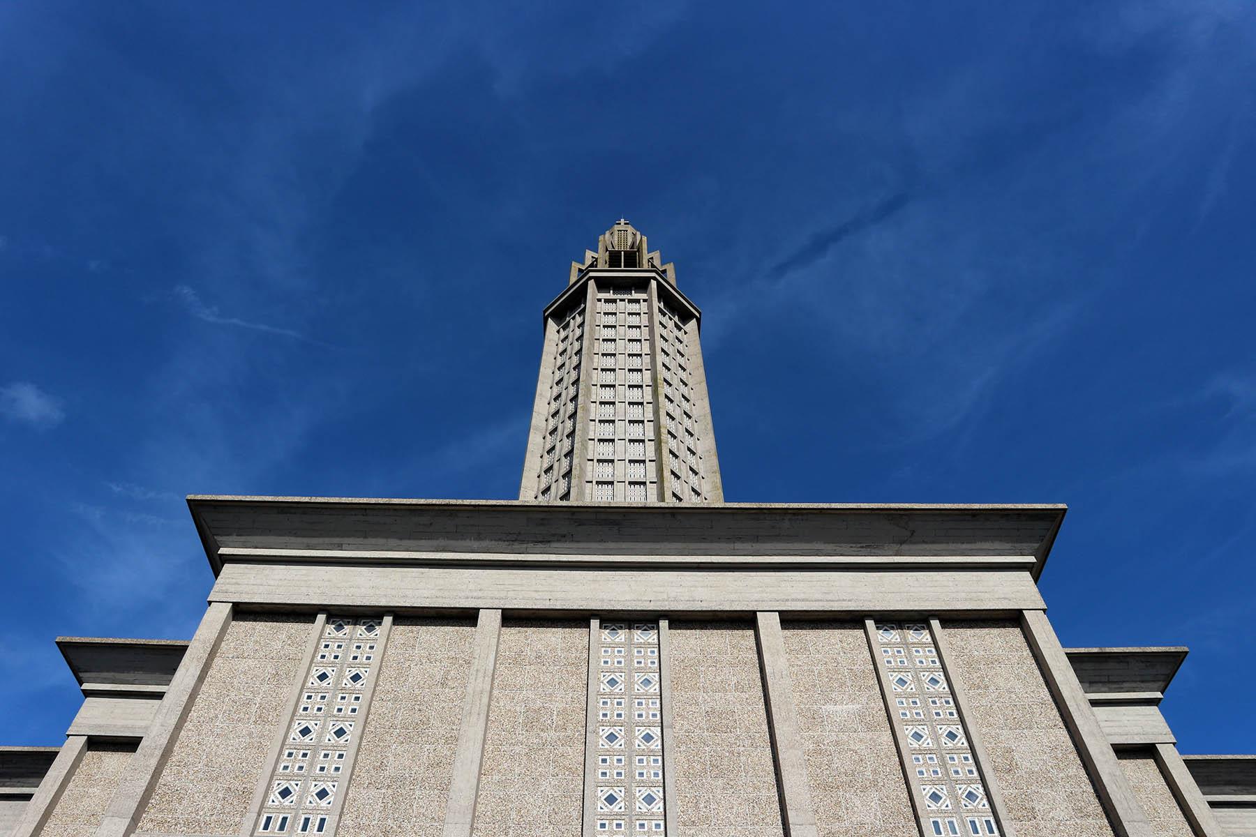 Église Saint-Joseph du Havre. Monochrome Monumentalität von außen ...
