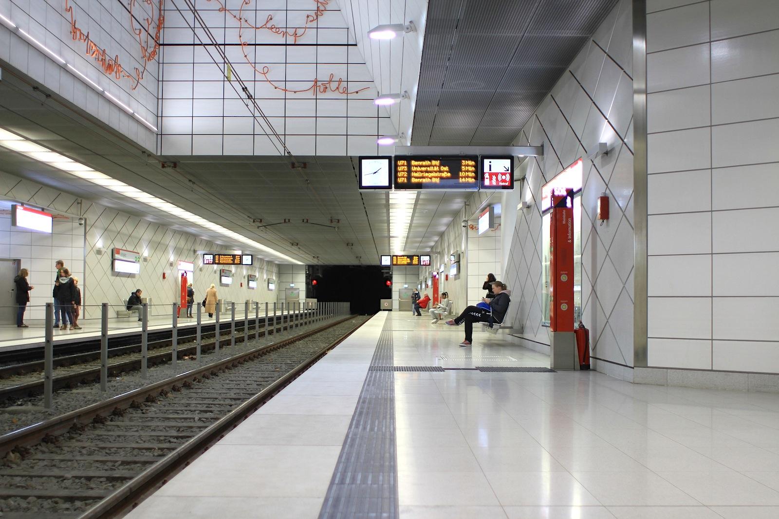 Station Kirchplatz.