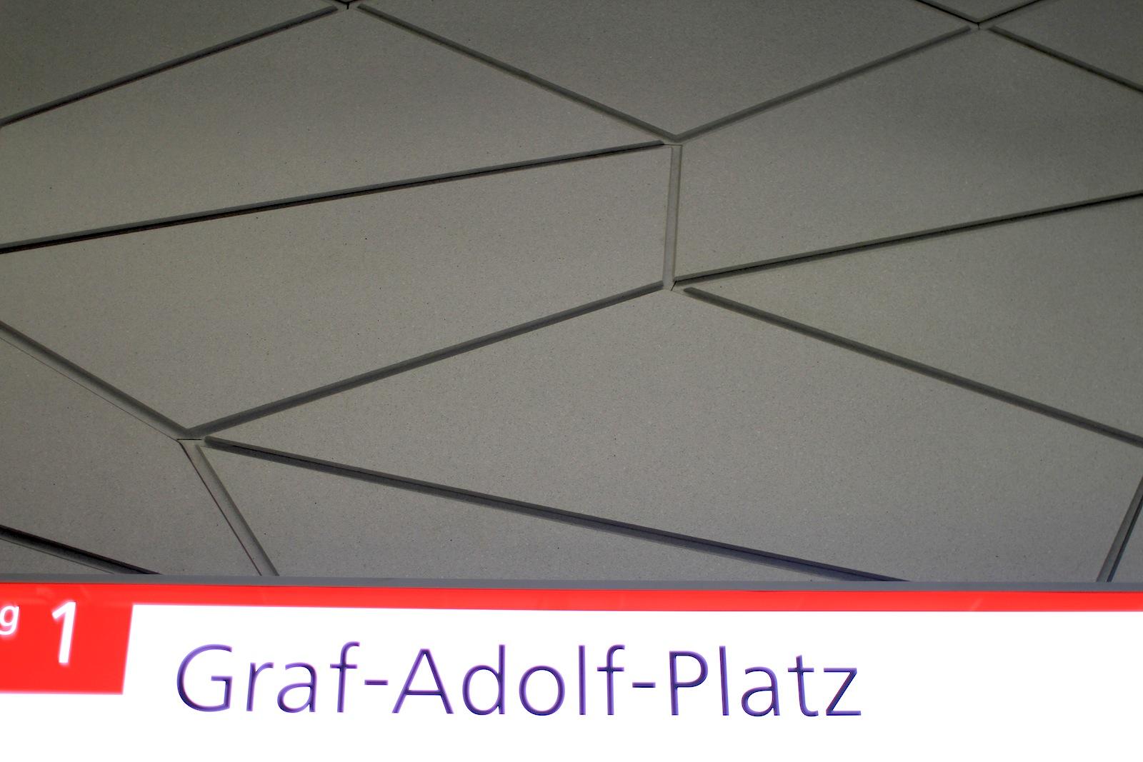 Station Graf-Adolf-Platz.