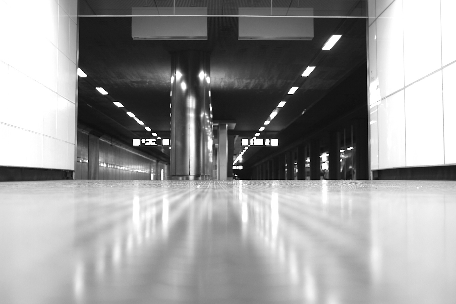 Station Heinrich-Heine-Allee.
