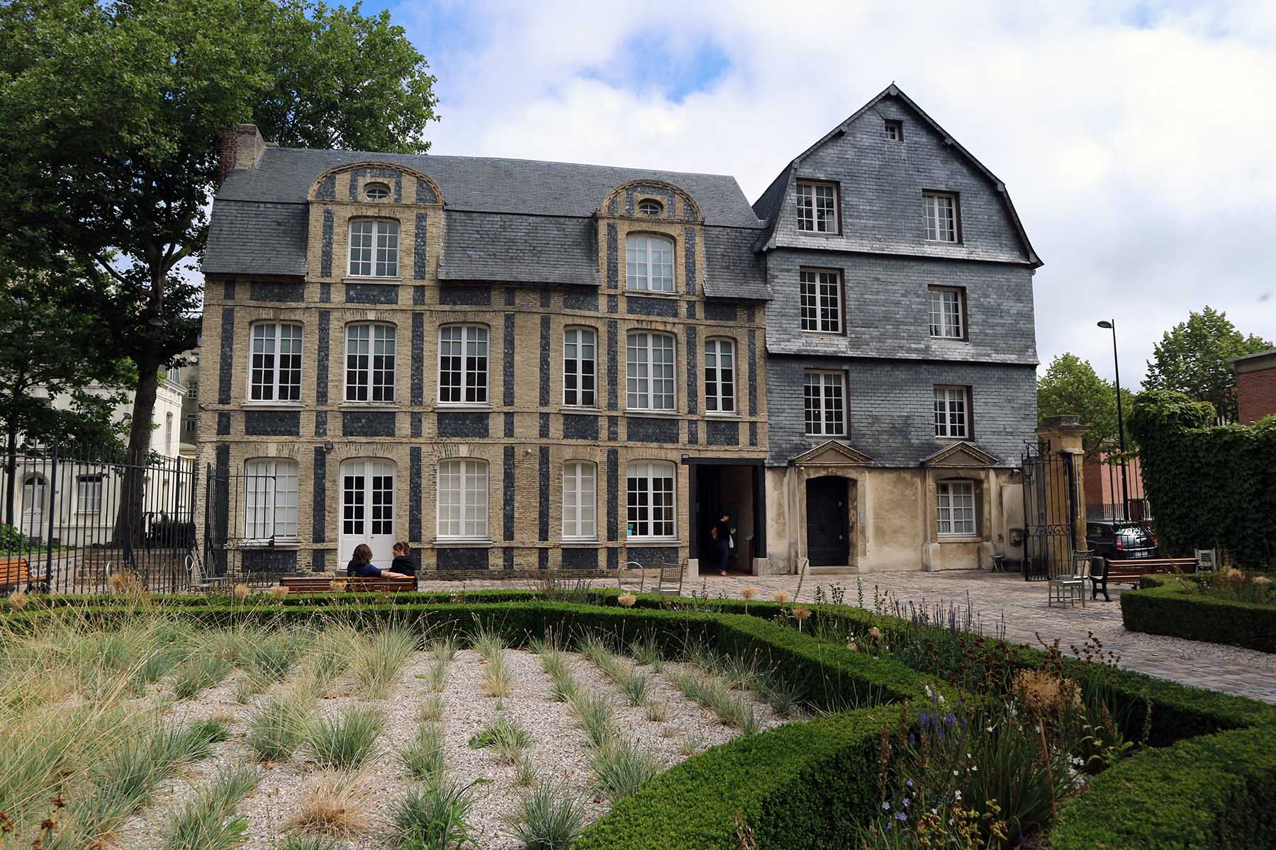 Parcours Les Bassins. ... wie das Museum Hôtel Dubocage de Bléville ...