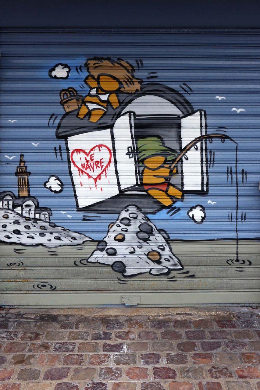 Parcours Les Bassins.  An der Fassade gibt es Street Art des Künstlers Jace.