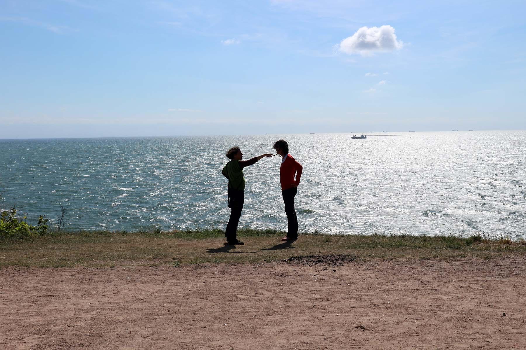 """Sainte-Adresse. Fotokünstlerin Bettina Cohnen und Le Havre-Expertin Séverine Gourgeau """"Am Ende der Welt""""."""
