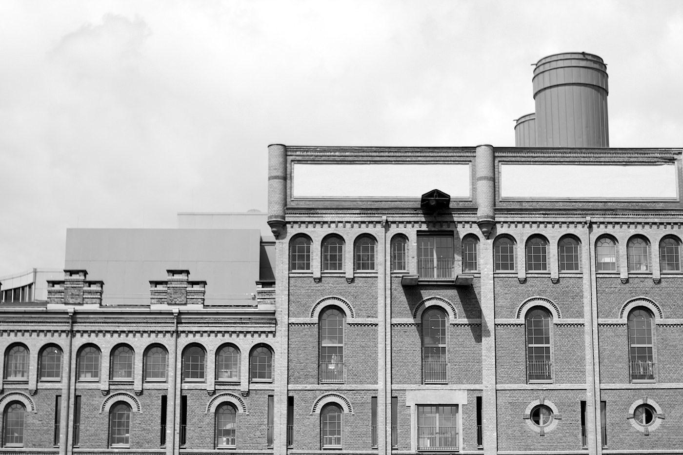 Alte Mälzerei.  Ehem. Mälzerei der Dortmunder Union, Kronen-Brauerei (1897), denkmalgeschützt (1897). Saniert, Entwurf von Bob Gansfort, Fertigstellung: 2002