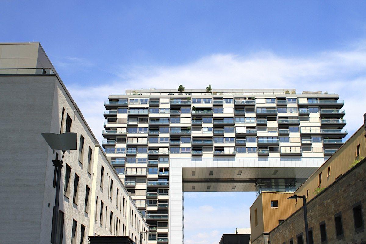 Kranhäuser.  BRT Architekten - Bothe Richter Teherani (Entwurf), Architekt Dipl.-Ing. Alfons Linster (Entwurf). Bau und Fertigstellung: 2006-2010