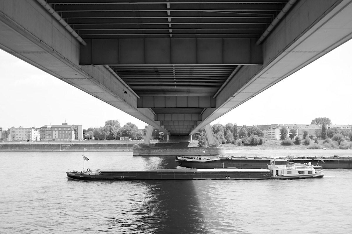Severinsbrücke. Architekt Gerd Lohmer, Ingenieur Fritz Leonhardt. Fertigstellung: 1959