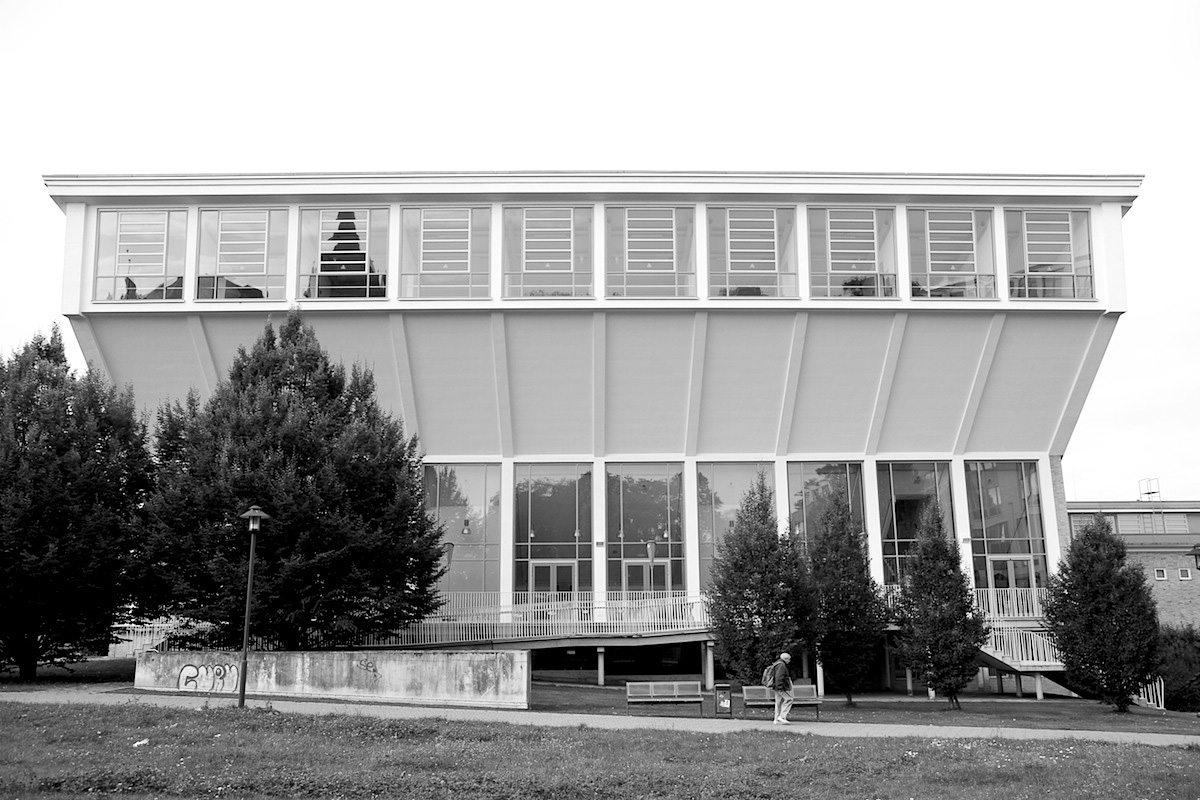 Schwimmoper Wuppertal. Entwurf von Friedrich Hetzelt, Fertigstellung: 1957