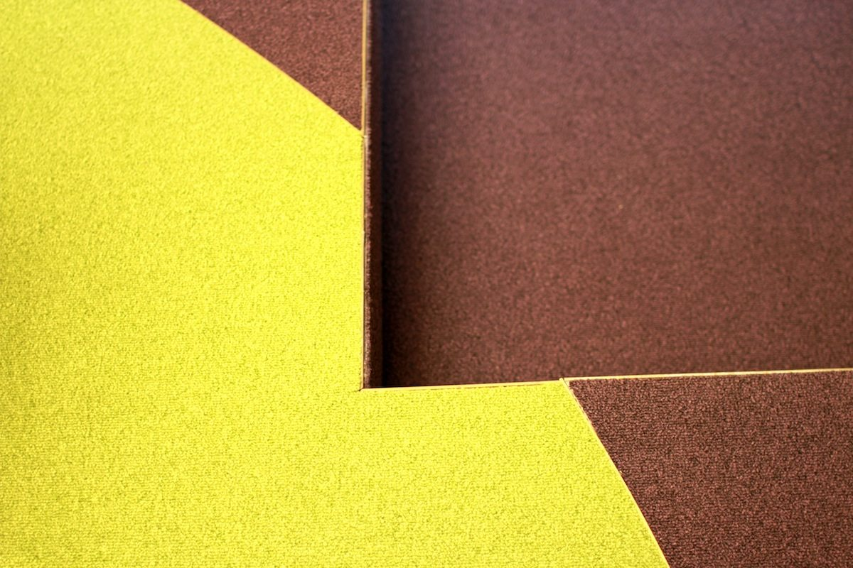Ein Set für das Schmela Haus. Bar und Saal.. Colours and precision