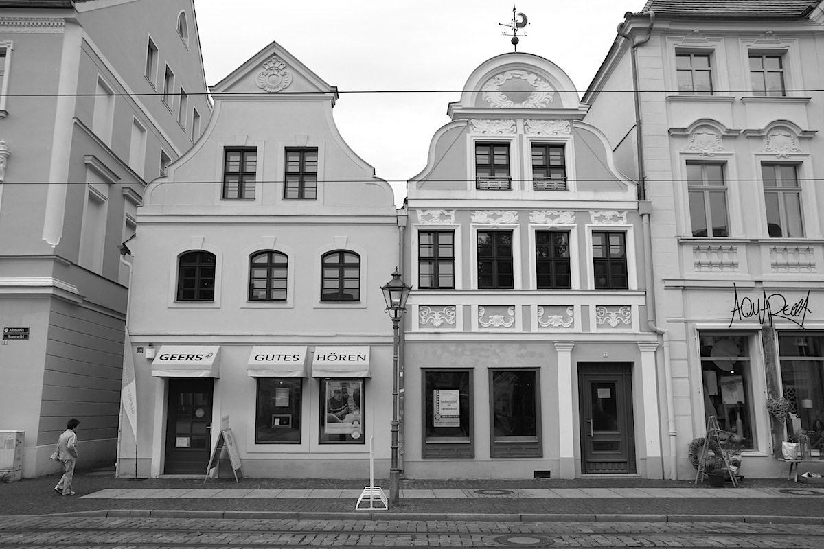 Altmarkt. ... die gute Stube der 100.000-Einwohnerstadt.