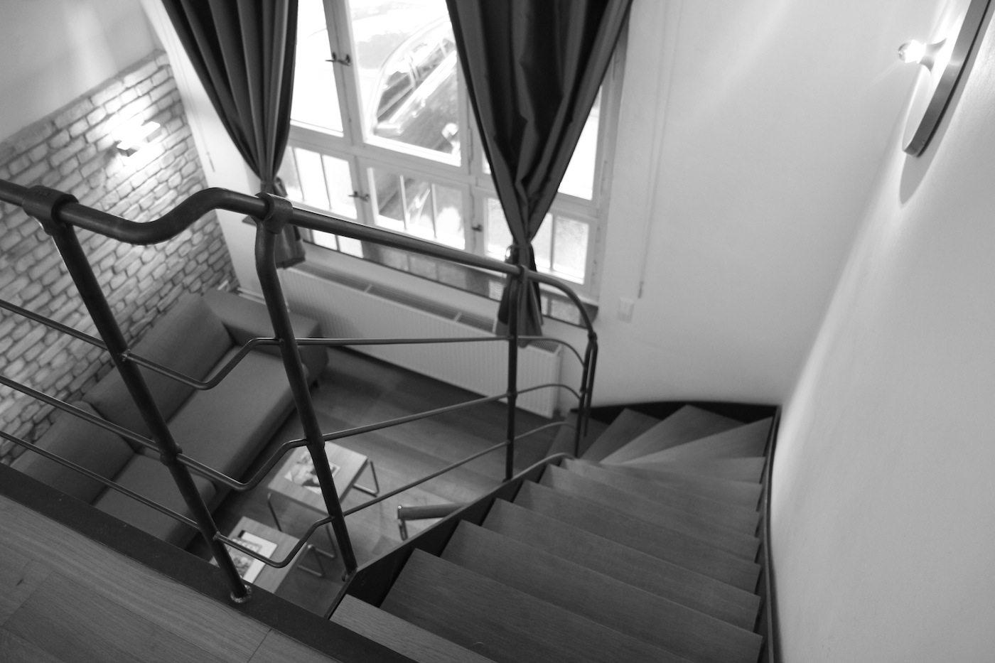 Alte Lohnhalle. Das Maisonette-Zimmer ist mit Designklassikern des 20. Jahrhunderts eingerichtet. Wir waren auf Einladung der Hotelbetreiberin vor Ort.