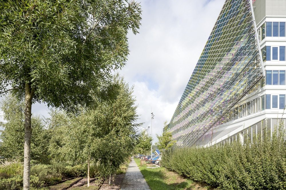 Headquarters of Métropole Rouen Normandie.  As an extension of the future park, the building is ...