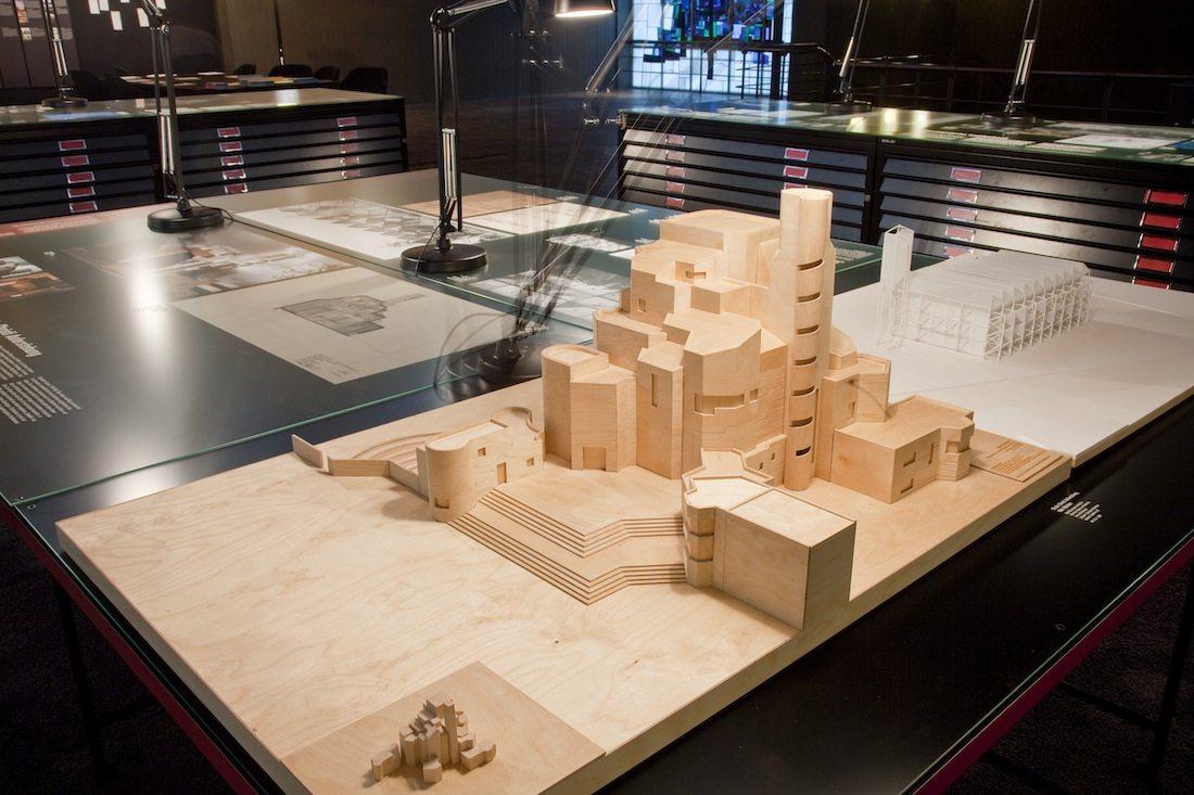 Architektur im Aufbruch in den 1960ern.  Das Modell der Christi Auferstehungskirche in Köln von Gottfried Böhm. Fertigstellung: 1970