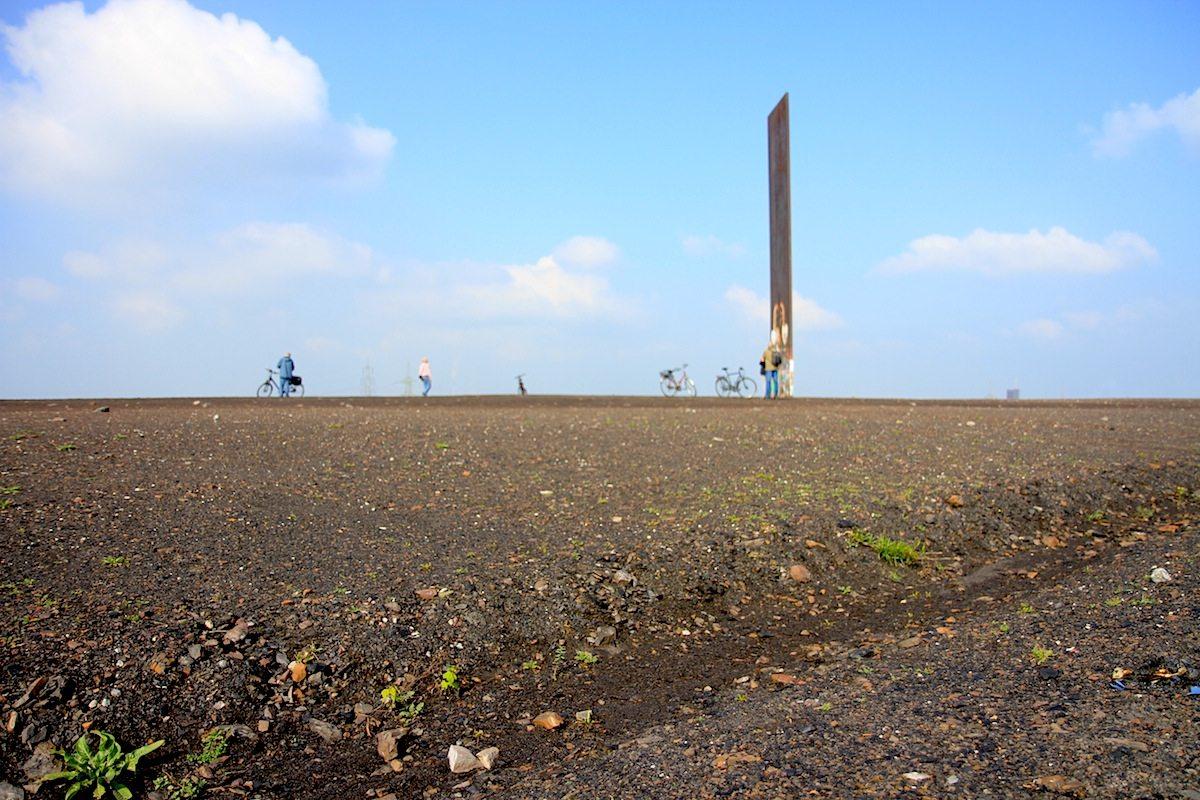 Schurenbachhalde. Erschaffen von einem der wichtigsten Bildhauer unserer Zeit: Richard Serra.