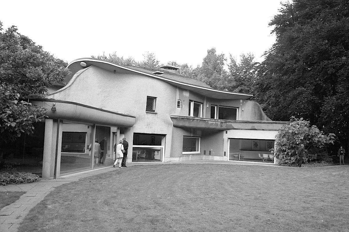 Skulpturenpark Waldfrieden. Die Villa kann bei Sonderführungen besucht werden ...