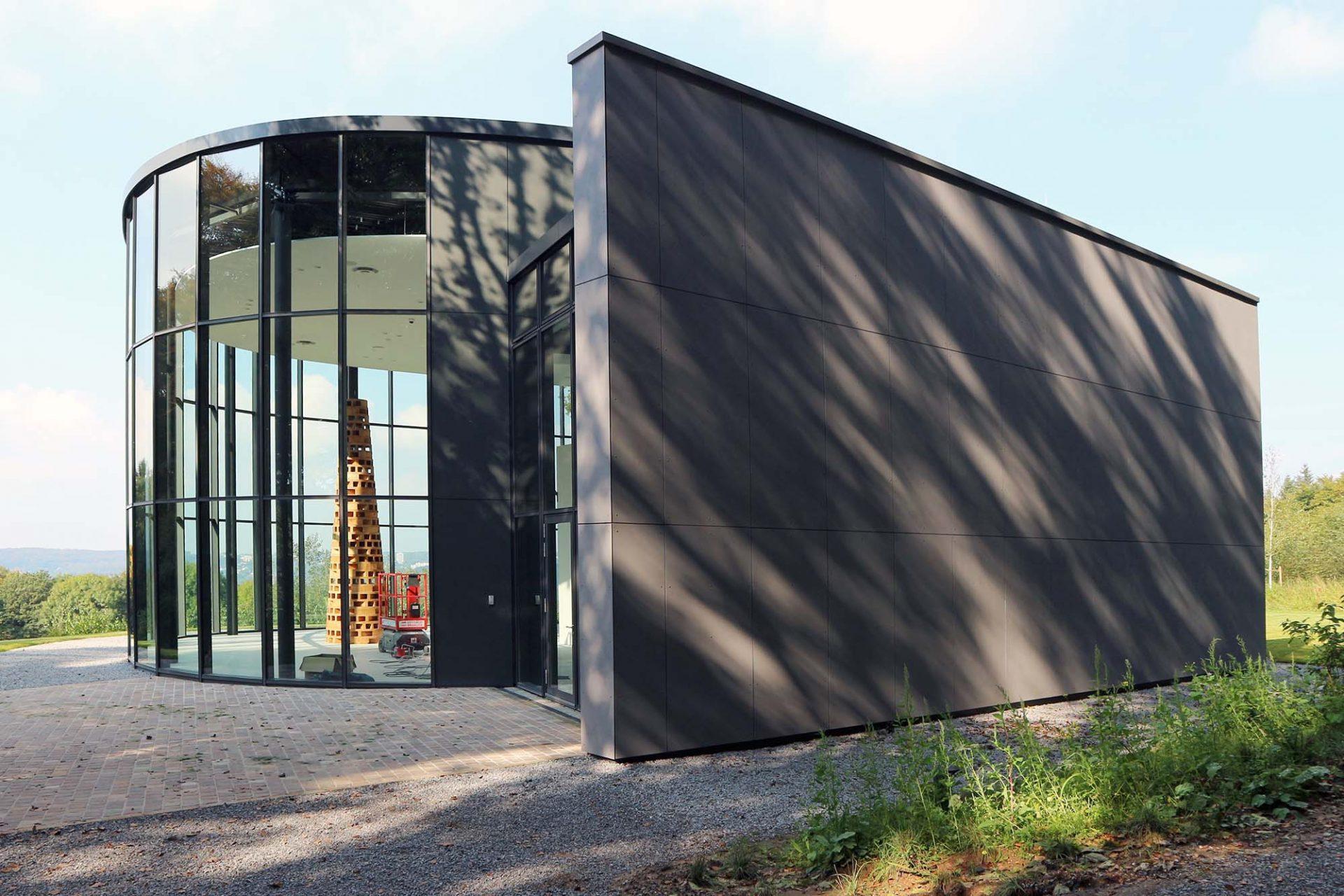 Skultpturenpark Waldfrieden. Ausstellungshalle, Architekt Hoppe, eröffnet Oktober 2017