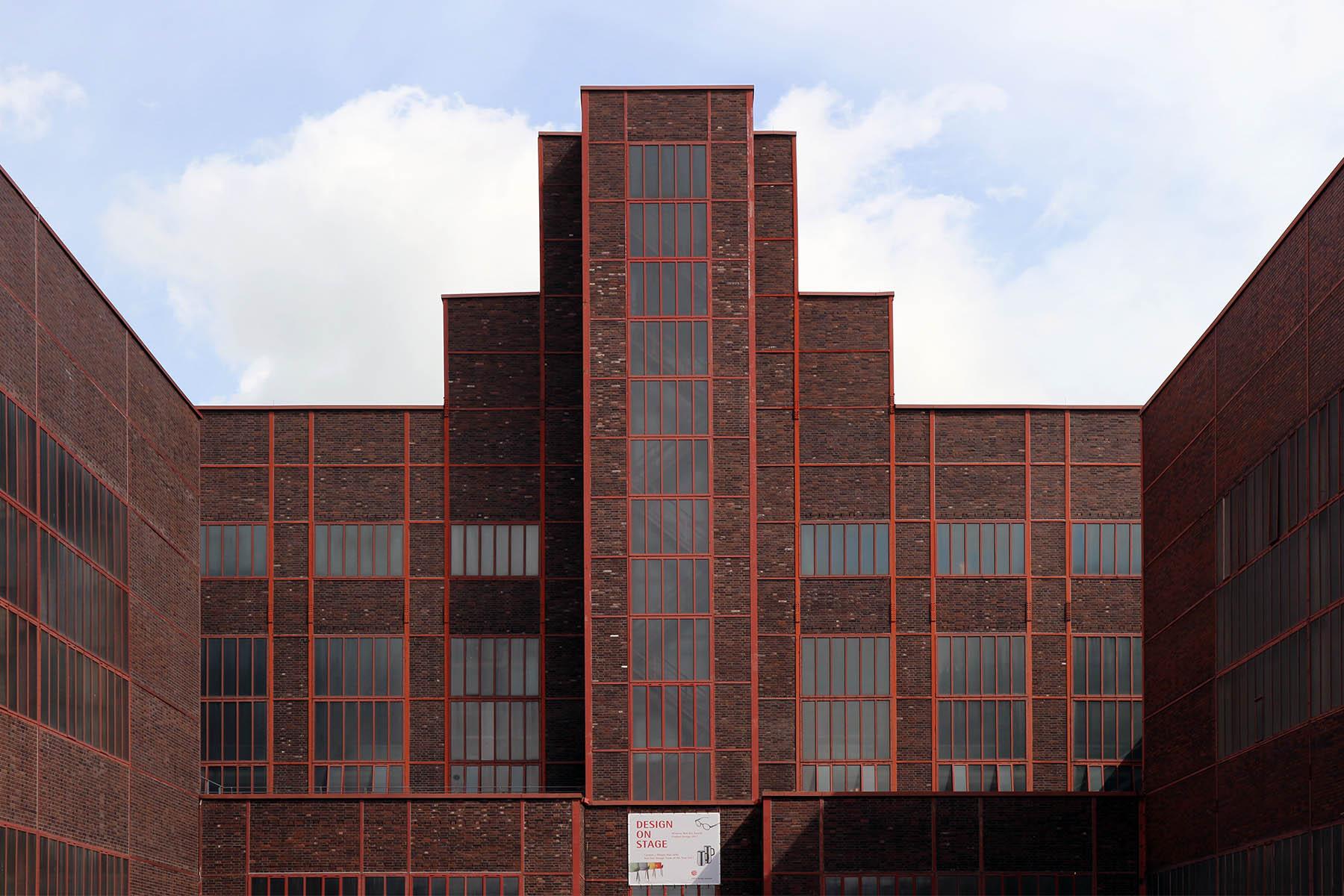 Zeche Zollverein.  Das Kesselhaus (Fertigstellung: 1929) von Schupp und Kremmer