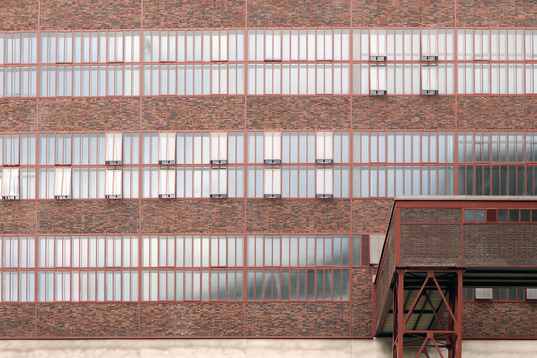 Zeche Zollverein. Mit Klinkern ausgefachtes Stahlfachwerk
