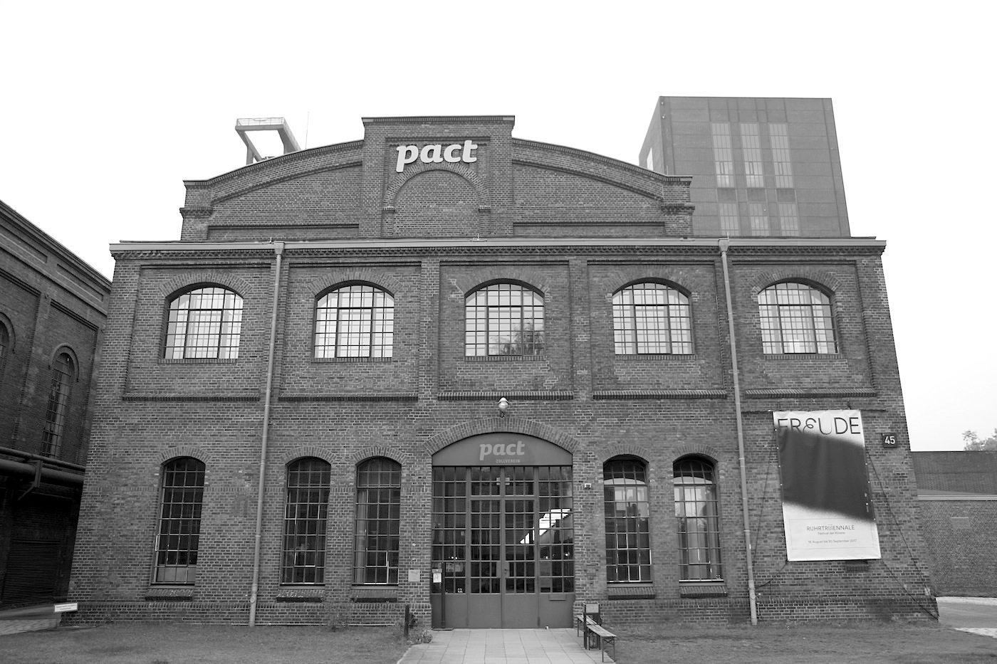 Zeche Zollverein. PACT Zollverein – Performing Arts Choreographisches Zentrum NRW Tanzlandschaft Ruhr