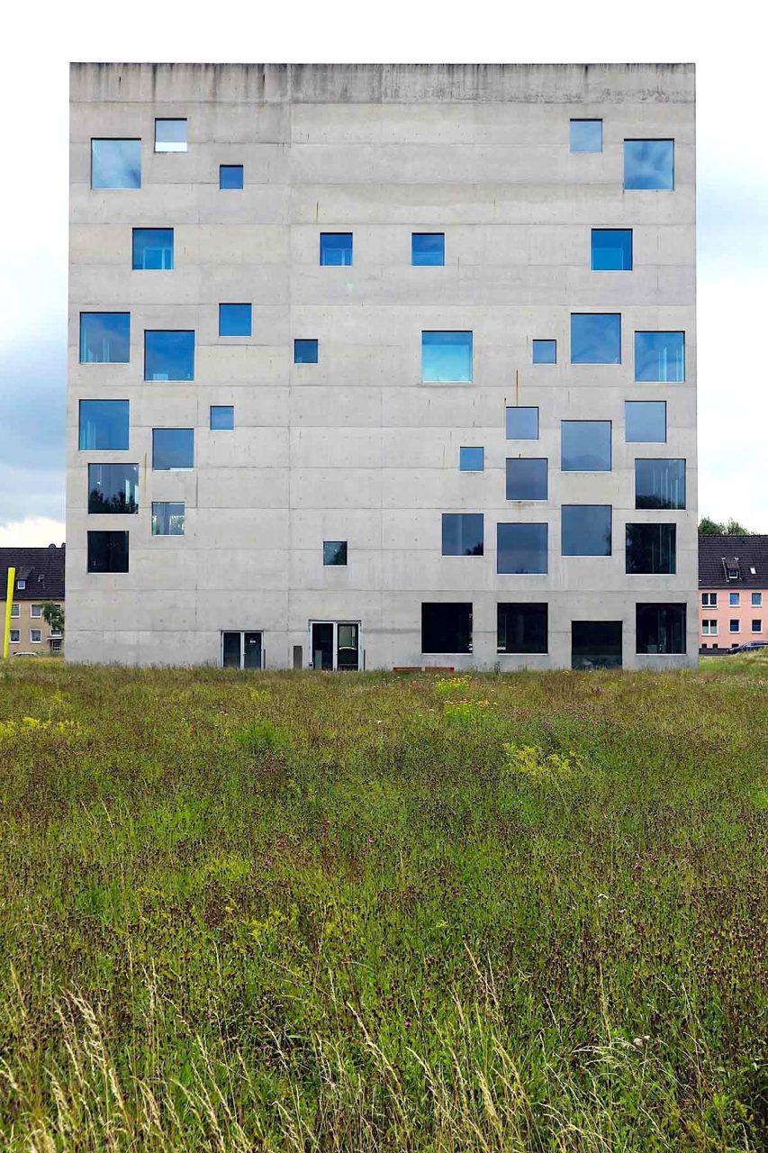 Zeche Zollverein.  Das SANAA-Gebäude wurde 2006 fertiggestellt.