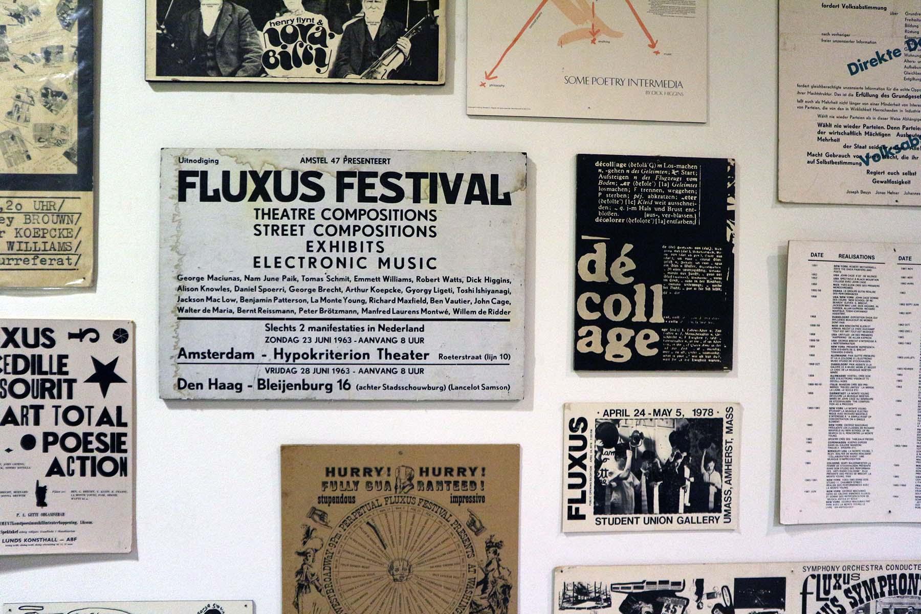 Blois. Das Museum zeigt mehr als 300 Arbeiten von 50 Fluxus-Künstlerinnen und Künstlern.