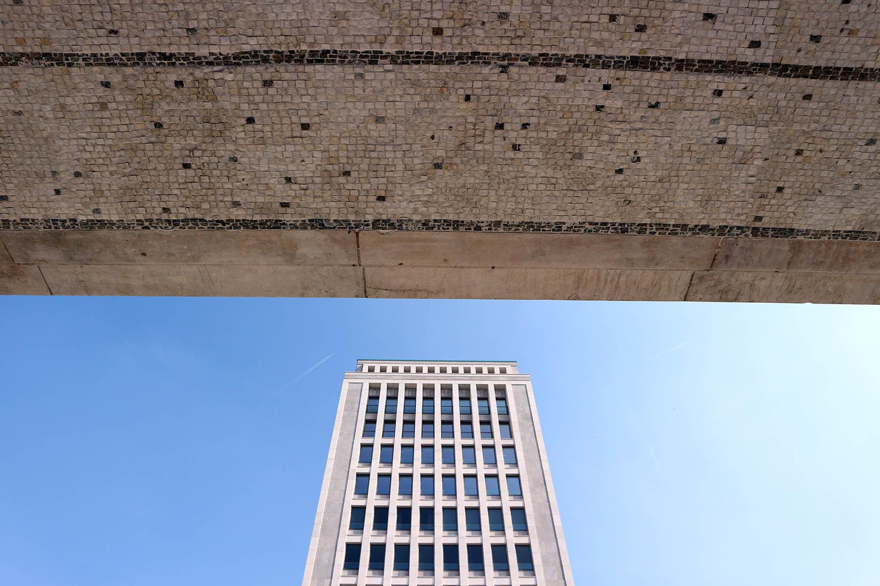Gerlingviertel. Viele der Bauten im wiederbelebten Quartier wurden vom umstrittenen Architekten Arno Breker geplant.