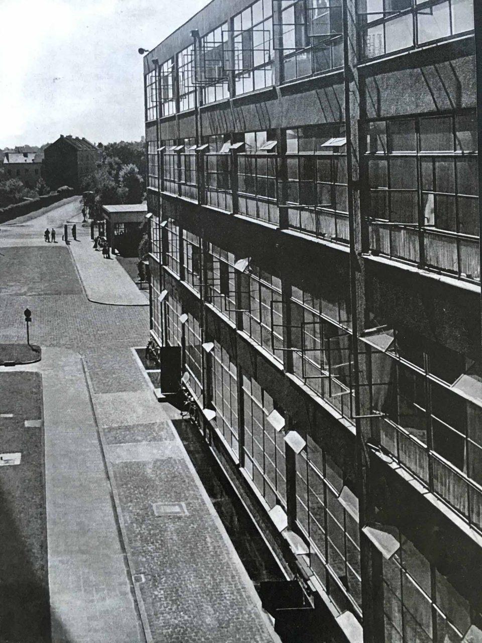 Verseidag. Historische Aufnahme des HE-Gebäudes