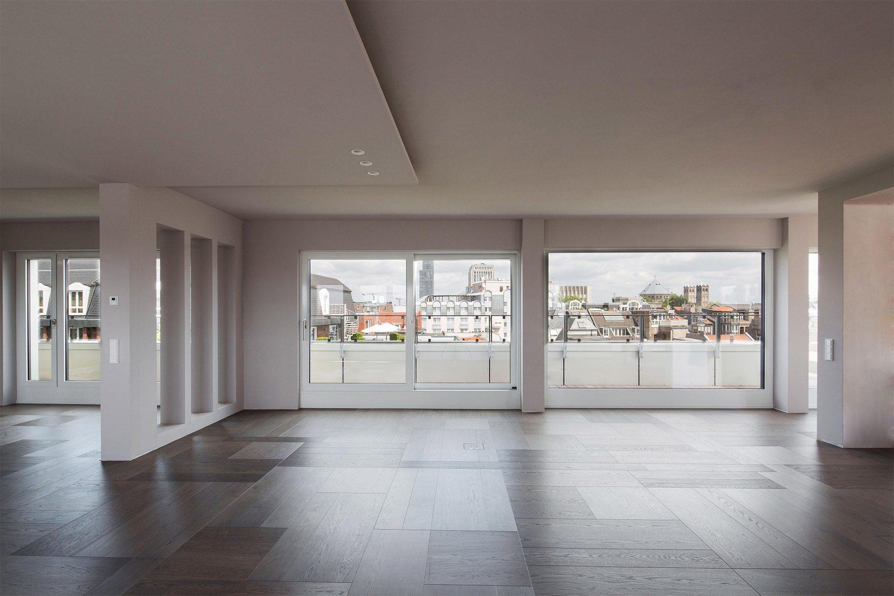 Magnus 3. Blick aus einem Penthouse