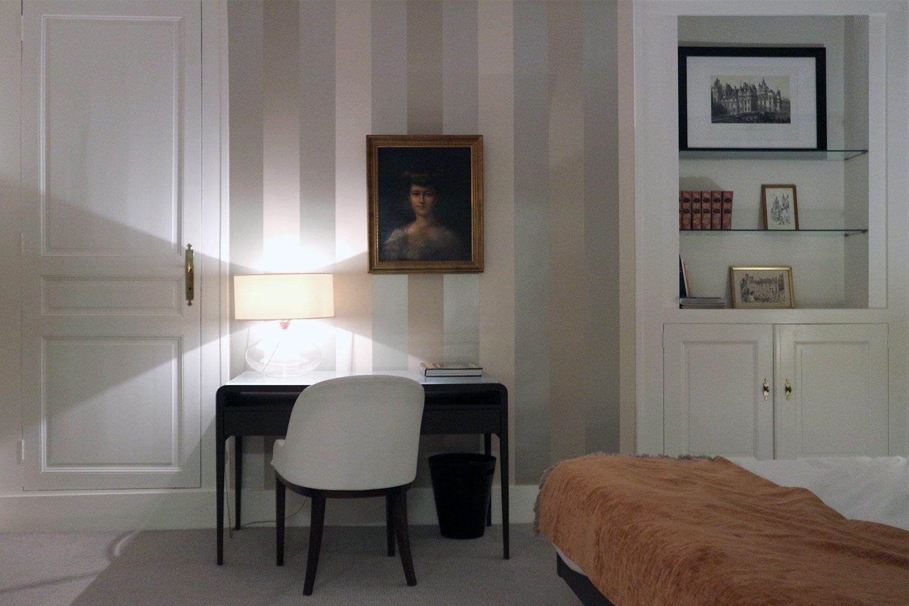 Chambre Grégoire. Das Zimmer trägt den Namen eines der bedeutendsten französischen Geschichtsschreibers und Bischofs von Tours.