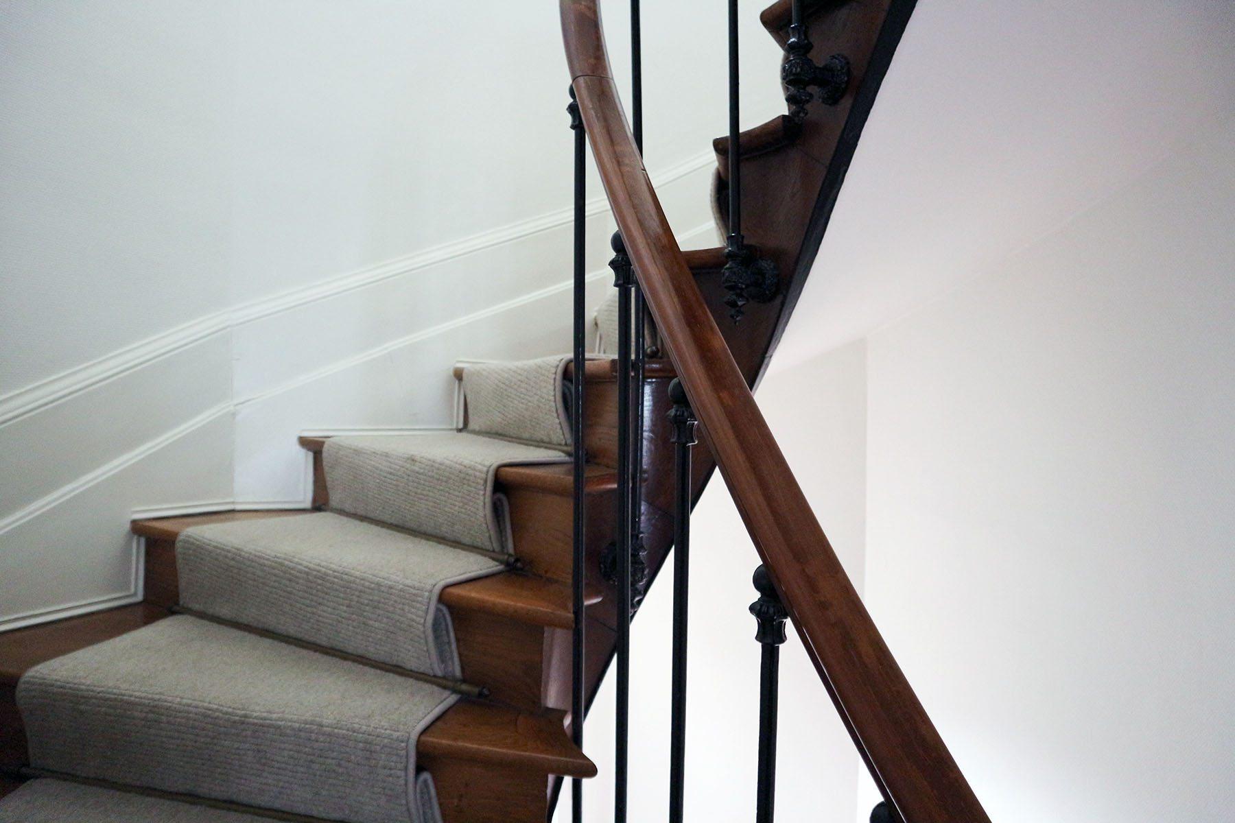 La maison Jules. Der antike Treppenlauf mit ...