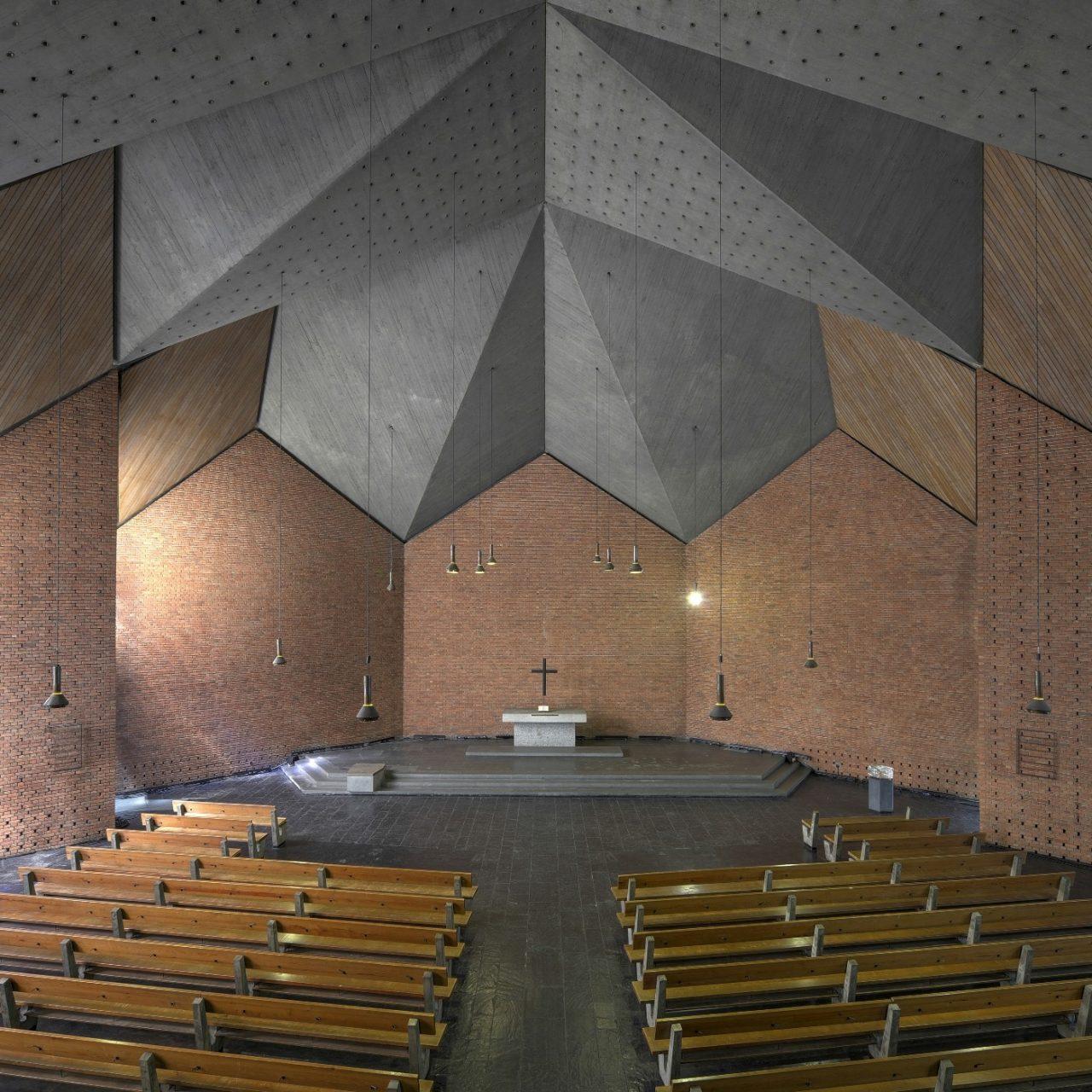 Christuskirche Bochum. Oesterlen zählt zu den bedeutendsten Architekten der Nachkriegsepoche in Deutschland.