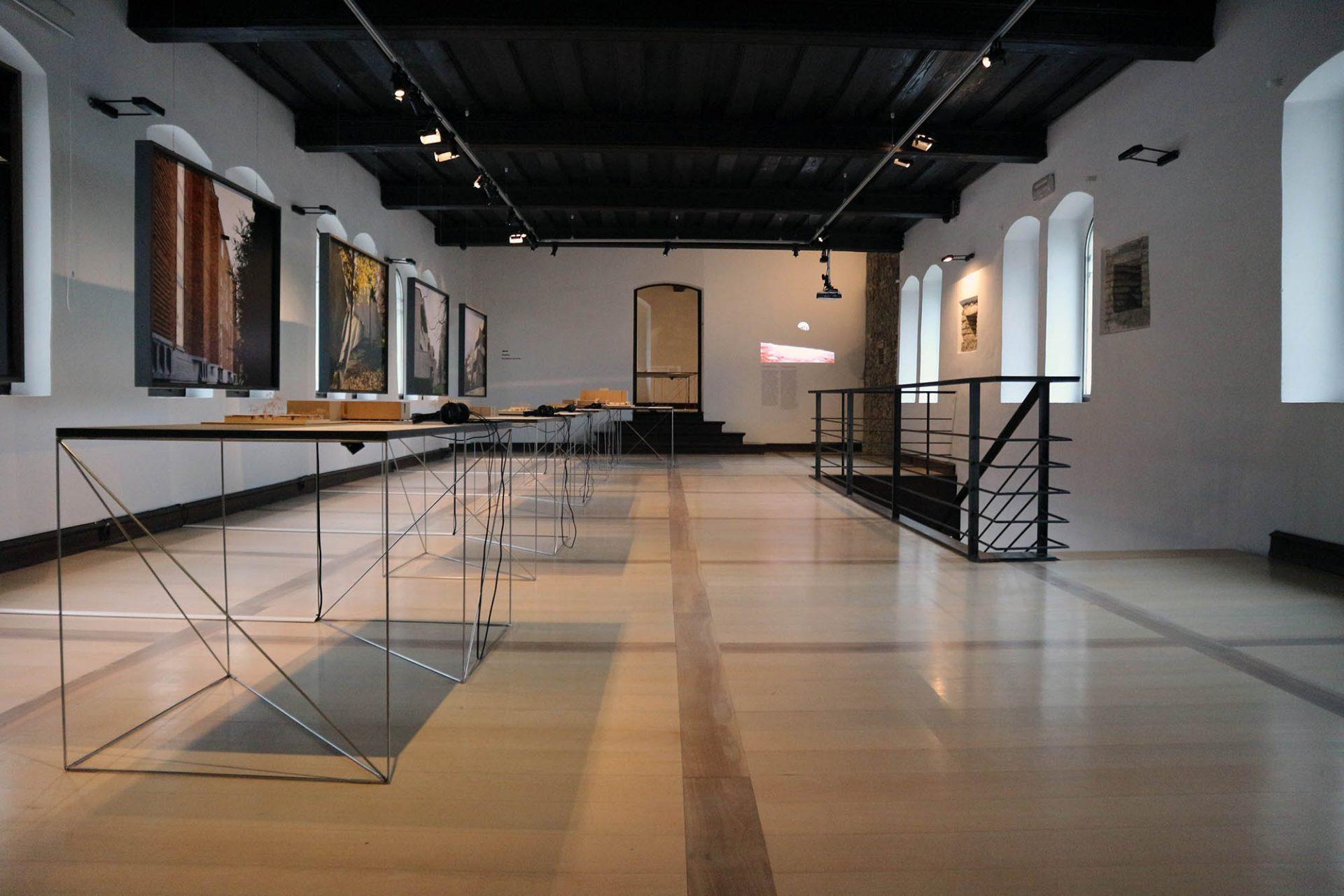 """""""Stanko Kristl, Architect – Humanity and Space"""". Neben originalen Entwürfen und wundervollen Zeichnungen aus Kristls Privatarchiv ..."""