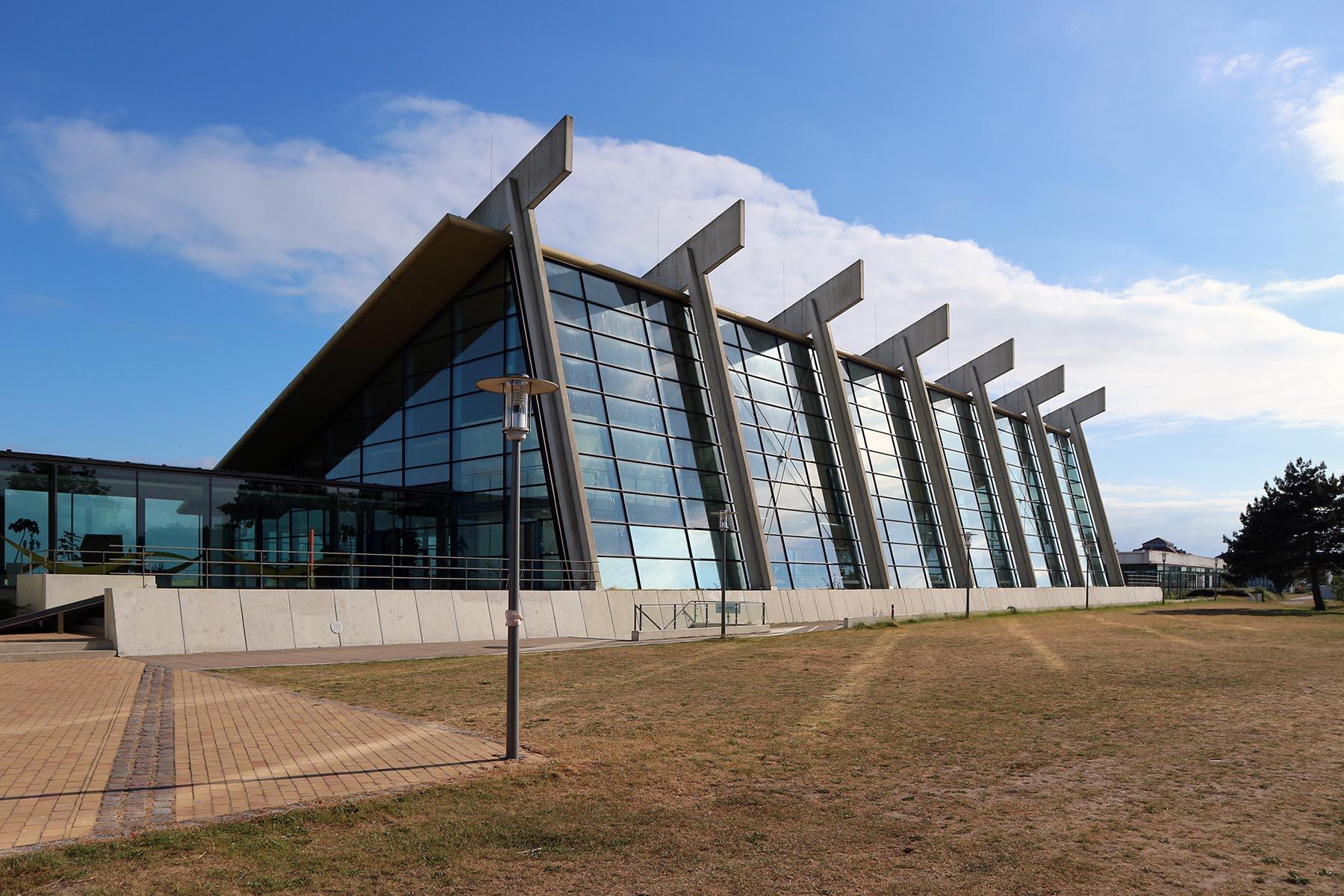 50 Jahre Weltarchitektur von Arne Jacobsen in Burgtiefe