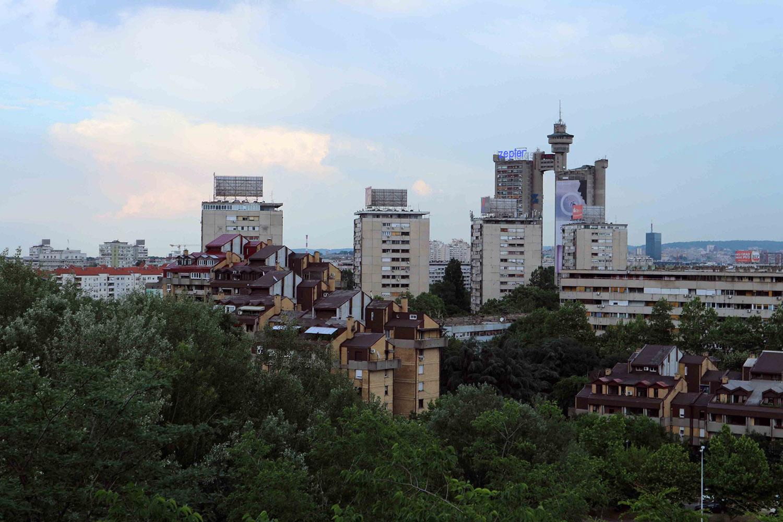 Novi Beograd. Entstand ab 1948 an der linken Uferseite der Save.