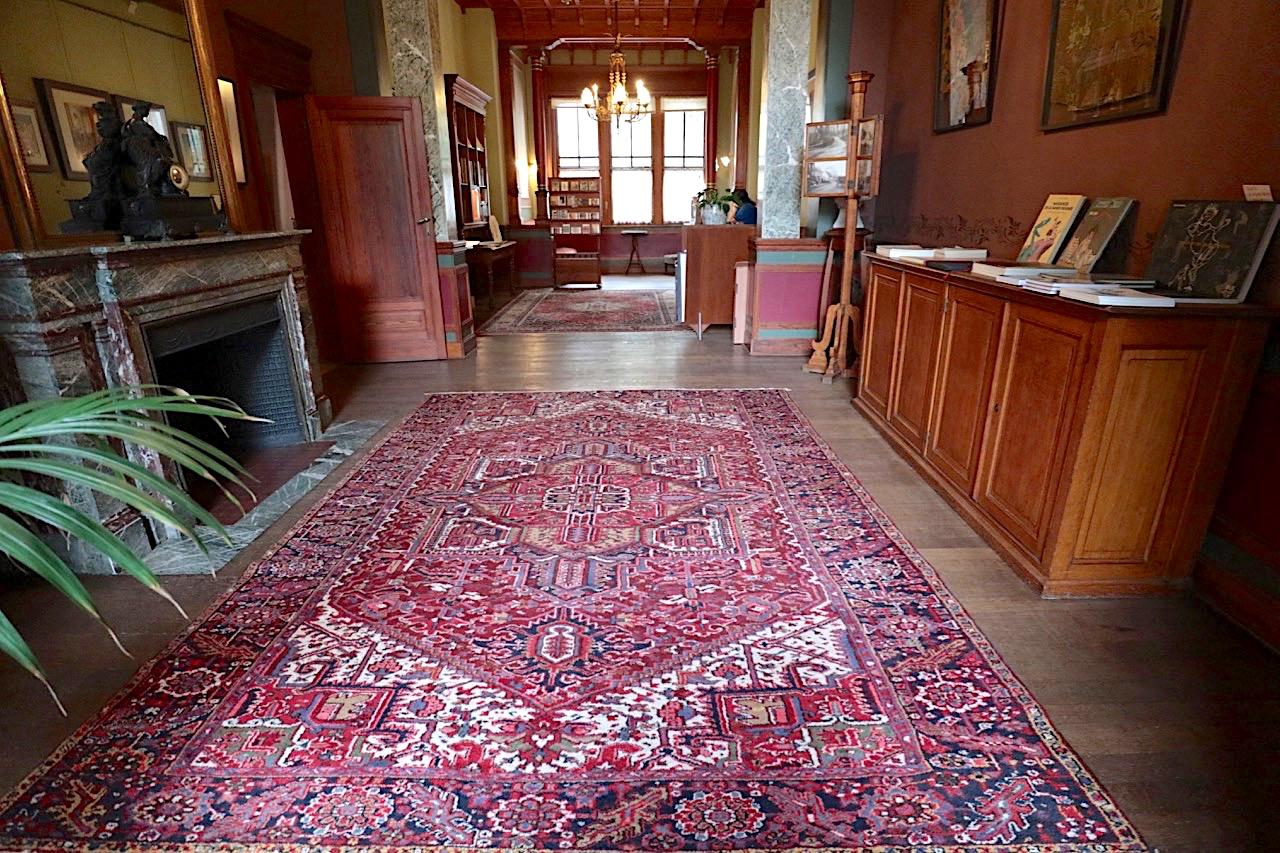 Maison Autrique. Ähnlich wie im Horta Museum ist der Zugang hier reglementiert.