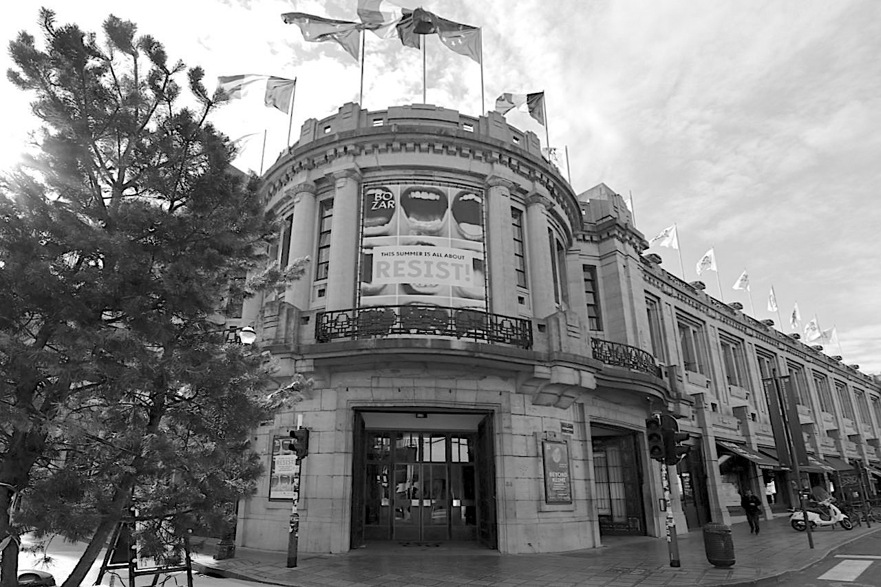 Palais des Beaux-Arts de Bruxelles BOZAR. Architekt: Victor Horta, Fertigstellung: 1925