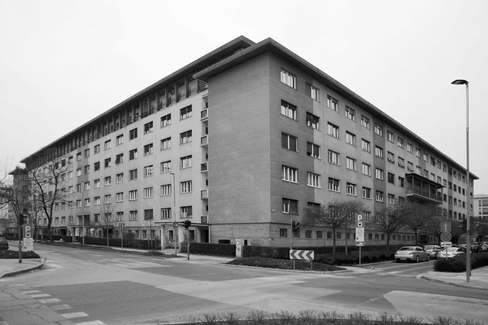 Wohnblock Gradišče. von Jaroslav Černigoj und Saša Dev. Fertigstellung: 1941.