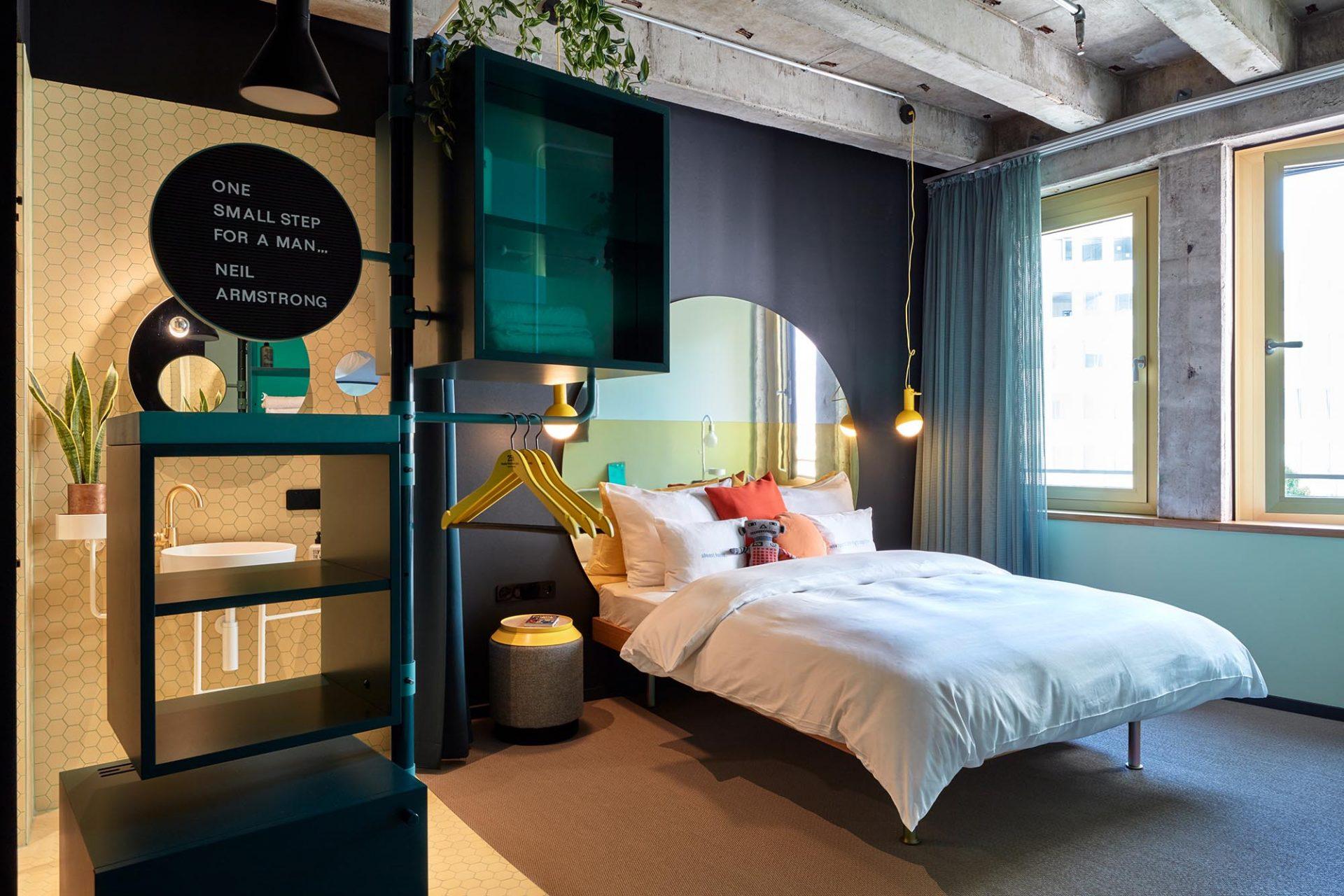 """25hours Hotel The Circle. Die Zimmer im """"Inner Circle"""" setzen auf Futurismus ..."""
