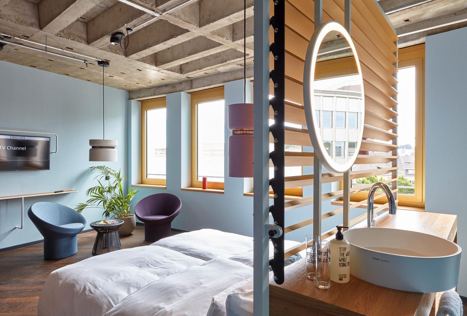 """25hours Hotel The Circle. ... die Zimmer im """"Outer Circle"""" hingegen auf Retro."""