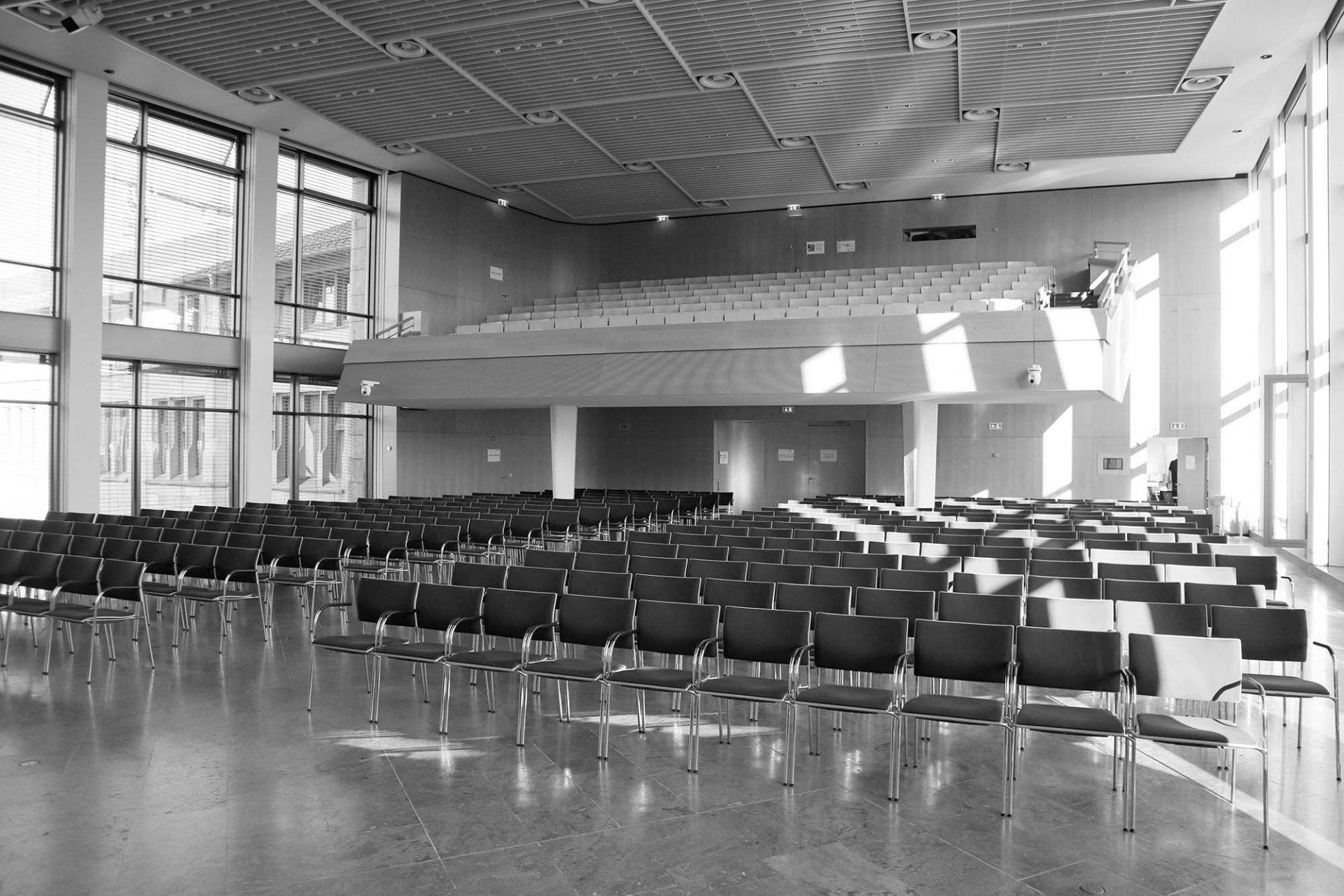 Rathaus. ... z. B. Rolf Gutbrod, der die Liederhalle schuf.