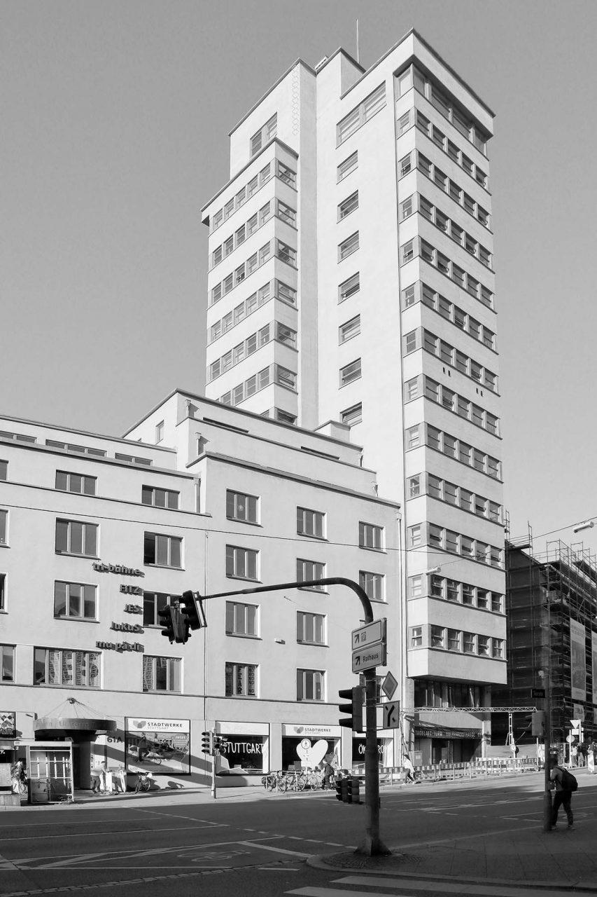 Tagblatt-Turm. Entwuf: Ernst Otto Oßwald. Fertigstellung: 1928.