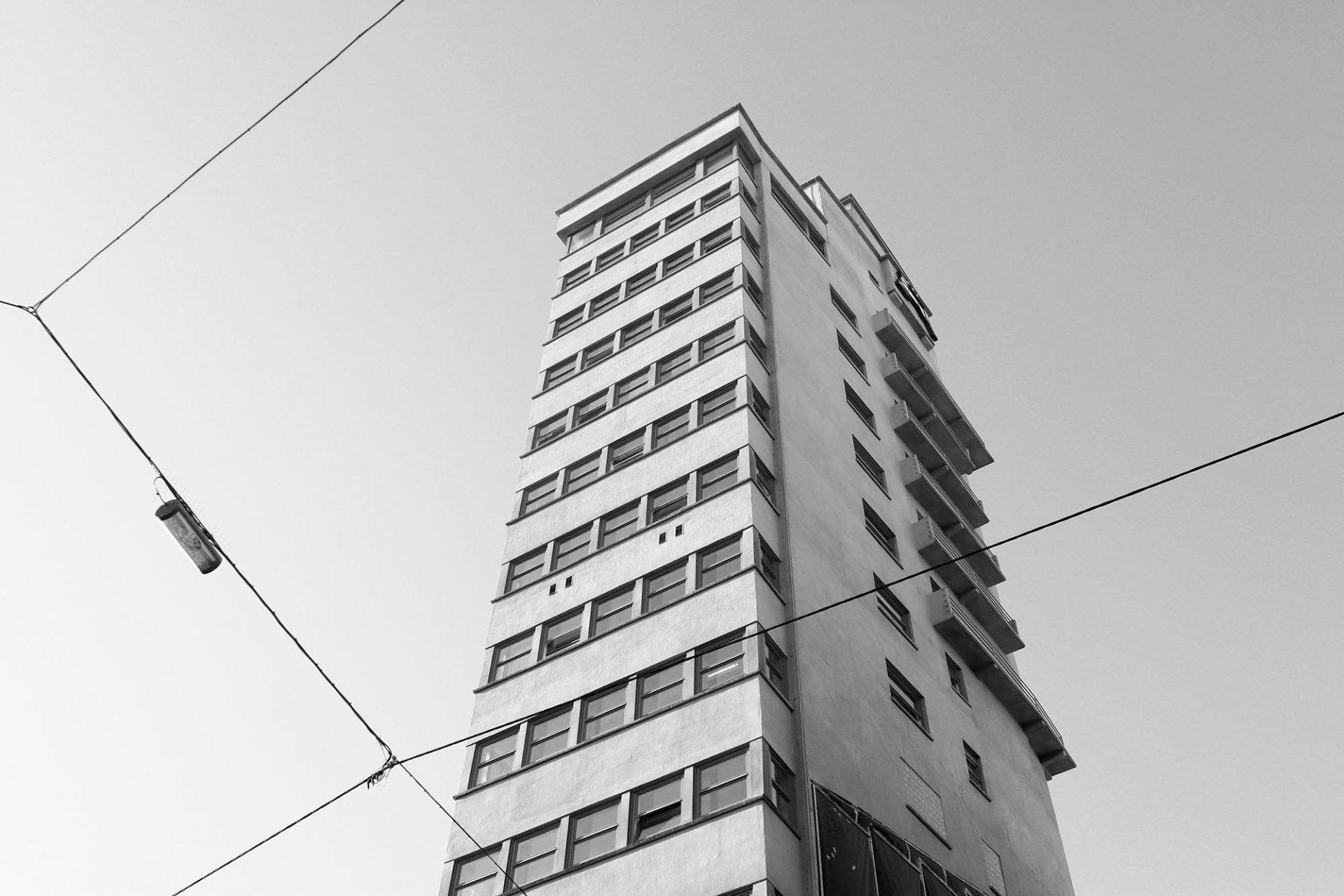 Tagblatt-Turm. Amerikanisch inspiriertes Hochhaus.