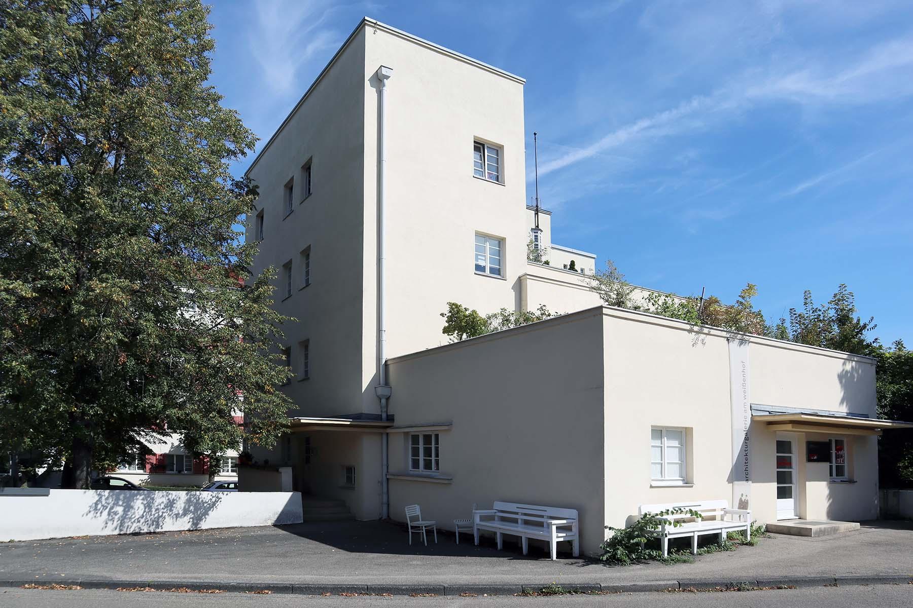 Weissenhofsiedlung. Terrassenhaus von Peter Behrens. Am Weißenhof 30–32, Hölzelweg 5.