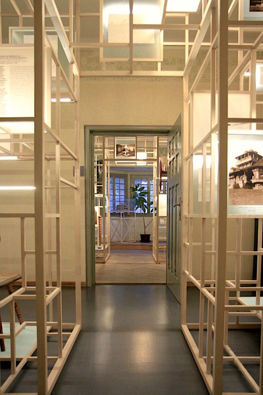 Villa Jurkovič. Die gelungene Dauerausstellung präsentiert das Leben und Wirken des slowakischen Architekten, Möbelgestalters und Ethnografen.