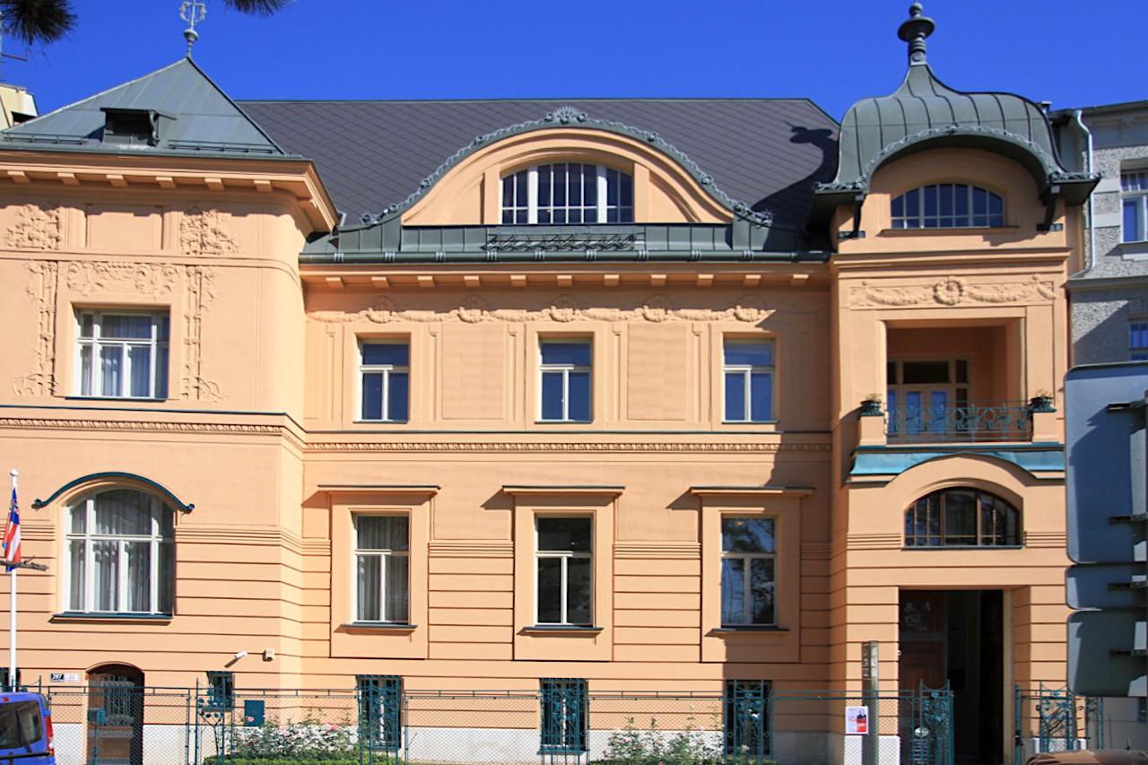 Villa Löw-Beer. Entwurf: Alexander Neumann, Fertigstellung: 1903. Die Jugendstilvilla ist Teil des Brünner Villen-Quartetts mit den Häusern Tugendhat, Stiassni und Jurkovič.